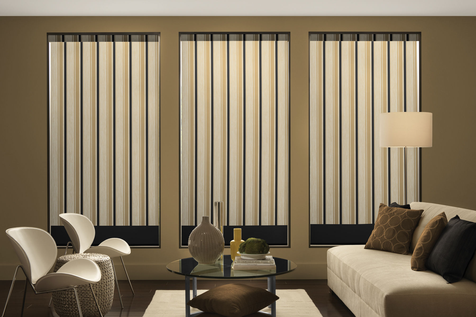 Few tips on curtains and blinds craven and hargreaves for Modern curtains and blinds
